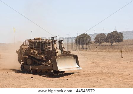 Military Heavy-duty Tractor