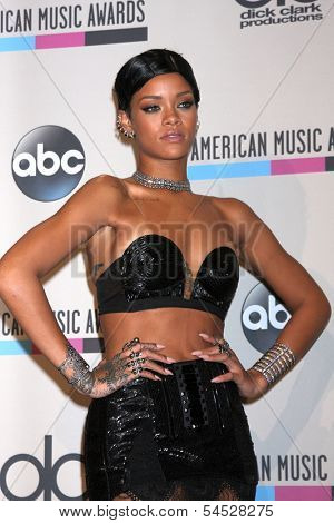 LOS ANGELES - NOV 24:  Rihanna at the 2013 American Music Awards Press Room at Nokia Theater on November 24, 2013 in Los Angeles, CA
