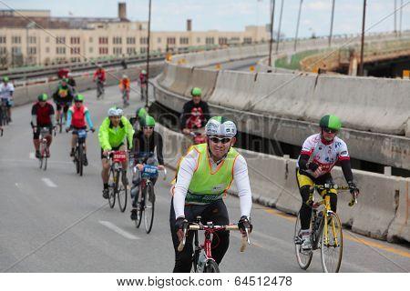 Riders fill Brooklyn Queens Expressway