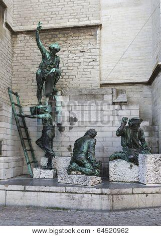 Statue Honoring Medieval Cathedral Builders In Antwerp.