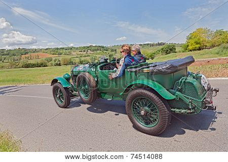 Bentley 6 1/2 Litre Tourer (1927)  In Mille Miglia 2014