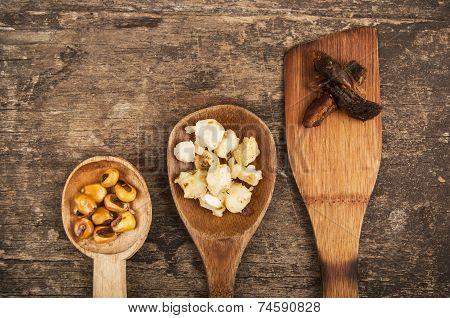 hominy and toasted corn nuts  mote con chicharron traditional ecuadorian food