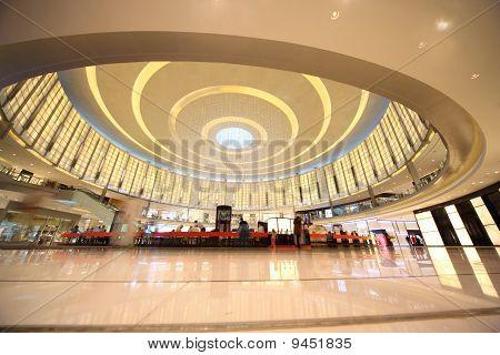 Shoppers At Dubai Mall April 14, 2010 In Dubai, United Arab Emirates