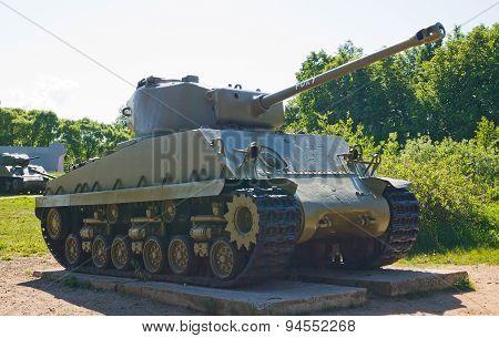 Medium Tank M4-A4