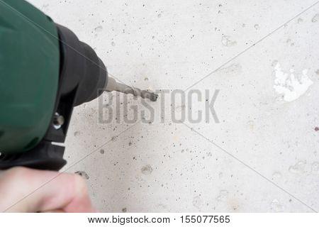 Use Hammer Drill