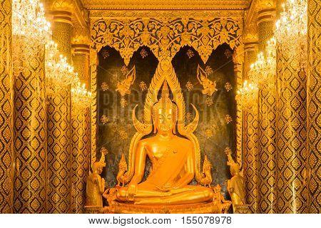Gold Buddha Statue At Wat Phra Sri Rattana Mahathat (wat Yai)