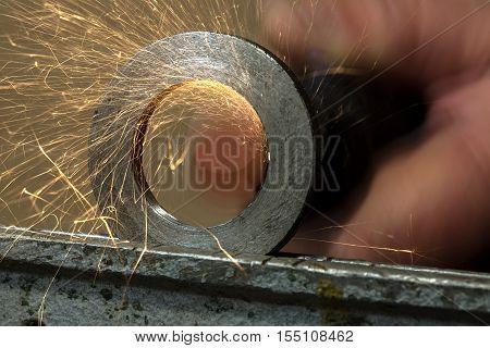 Steels Grinding Using Abrasive Tool