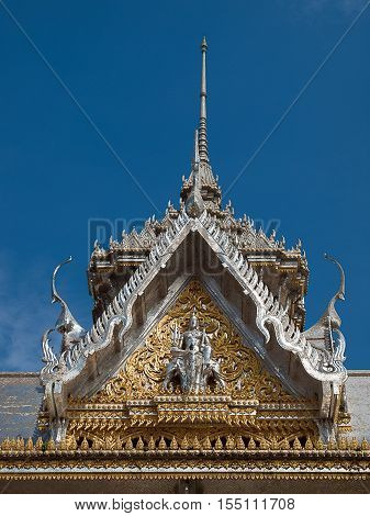 Roof gable Golden Thai style temple architecture.