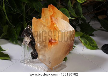 calcite gemstone mineral the beauty geology rock stone