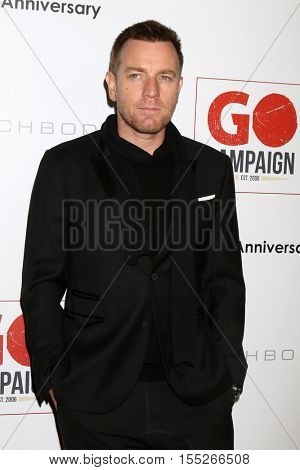 LOS ANGELES - NOV 5:  Ewan McGregor at the 10th Annual GO Campaign Gala at the Manuela at Hauser Wirth & Schimmel on November 5, 2016 in Los Angeles, CA
