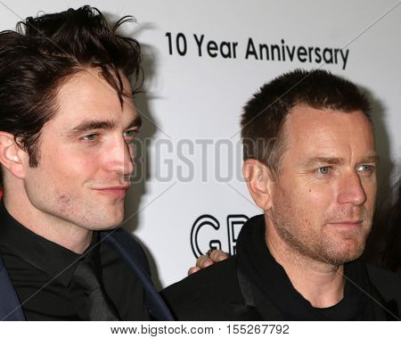 LOS ANGELES - NOV 5:  Robert Pattinson, Ewan McGregor at the 10th Annual GO Campaign Gala at the Manuela at Hauser Wirth & Schimmel on November 5, 2016 in Los Angeles, CA