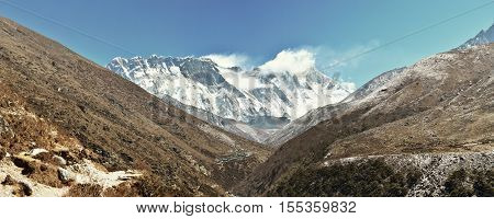 Everest mountain range panorama. Everest, Lhotse and Nuptse shar.