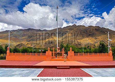 KARGIL JAMMU AND KASHMIR / INDIA - SEPTEMBER 1ST 2014 : Vijay Rath memorial symbol of Indian win in Kargil war 1999 (Operation Vijay) between Pakistan and India. Built in Kargil in memory of Indian victory.
