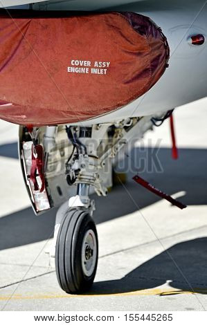F16 Fighting Falcon aircraft detail with landing gear and engine cover