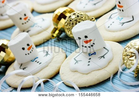 Melting Snowman Christmas Cookies treats for kids