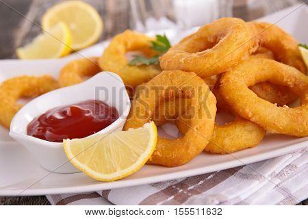 onion ring or calamari ring