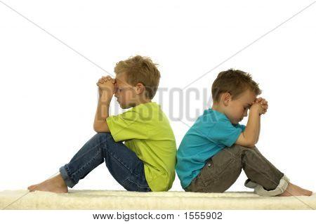 Молятся друзей