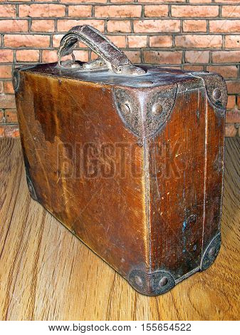photography with scene of the old wooden valise