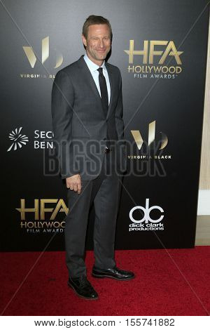 LOS ANGELES - NOV 6:  Aaron Eckhart at the 20th Annual Hollywood Film Awards  at Beverly Hilton Hotel on November 6, 2016 in Beverly Hills, CA