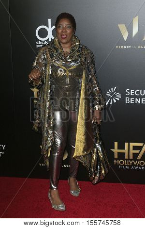 LOS ANGELES - NOV 6:  Loretta Devine at the 20th Annual Hollywood Film Awards  at Beverly Hilton Hotel on November 6, 2016 in Beverly Hills, CA