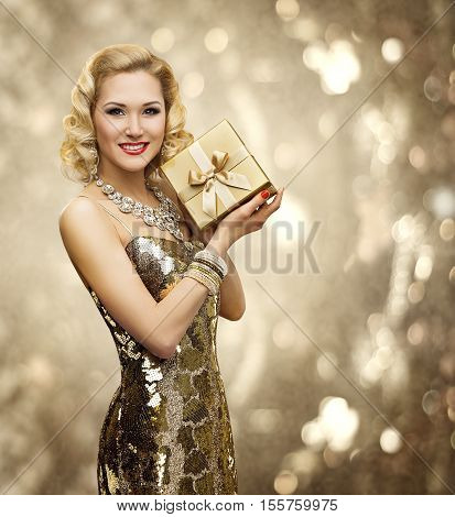 Vip Woman Present Gift Box Retro Lady in Rich Gold Dress Sparkling Diamonds Necklace Luxury Holiday
