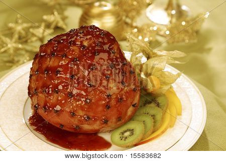 Glazed Oven Roasted Ham