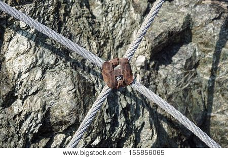 Rusty Wire Grip Lock, Cable Clamp Turnbuckle