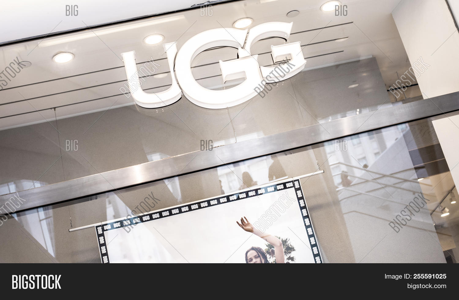 ugg boots store new york city