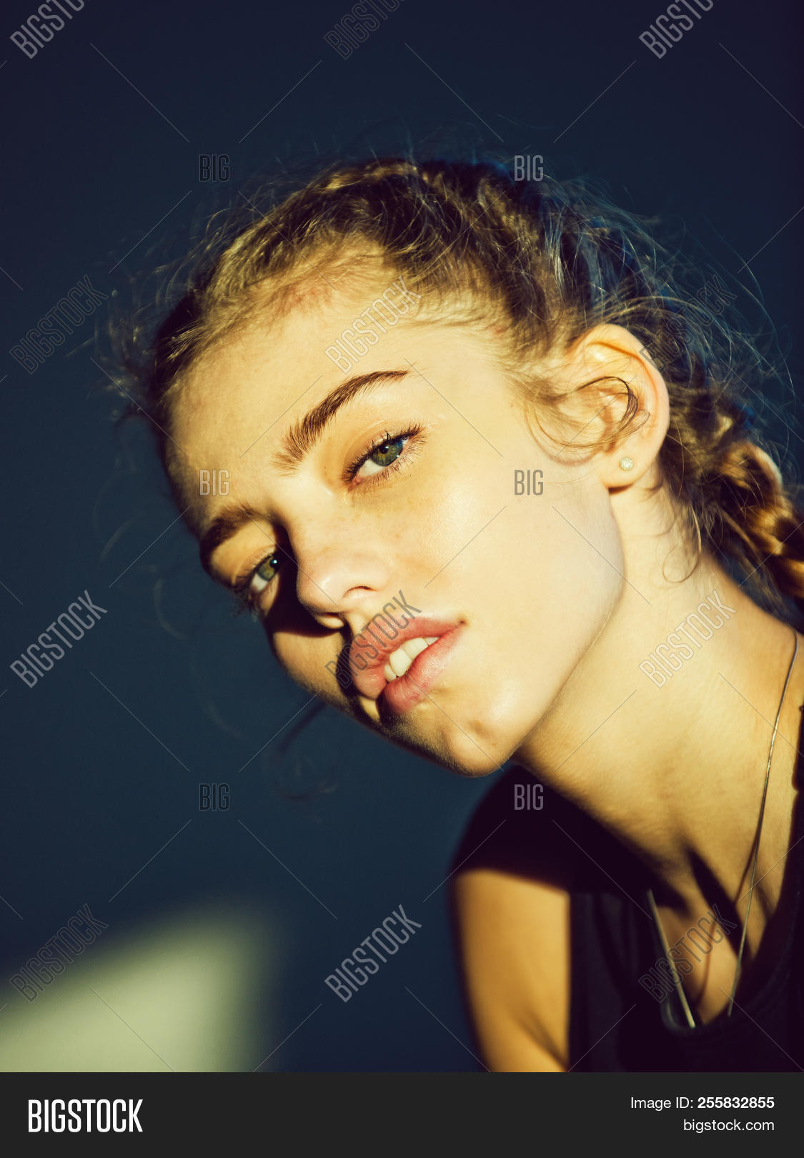 sexy girl no face