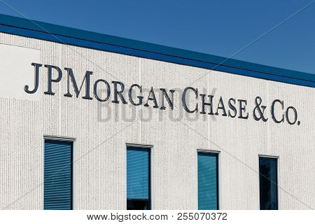 Indianapolis - Circa August 2018: Jpmorgan Chase Operations Center. Jpmorgan Chase And Co. Is The La