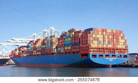 Oakland, Ca - April 14, 2018: Cargo Ship Maersk Skarstind Loading At The Port Of Oakland. Maersk Is