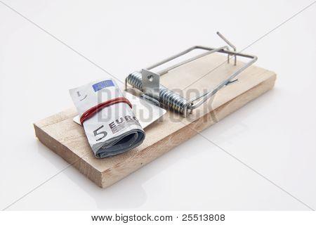 Mouse Trap Euro Bill