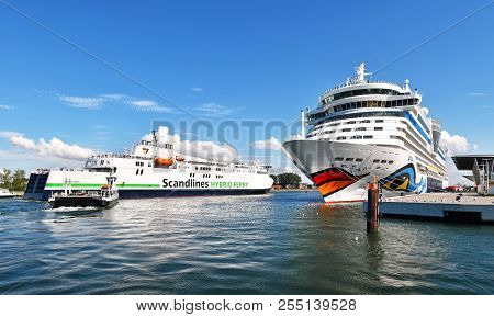 Warnemünde, Germany - July 14, 2017: Ship Traffic On The Seekanal In Warnemünde - The Cruise Ship Ai