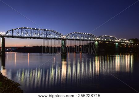 Chattanooga River Image & Photo (Free Trial) | Bigstock