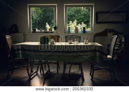 Dining Room Italian Style. Breakfast In Vacation. Dining Room In Italian Bed And Breakfast. Italian