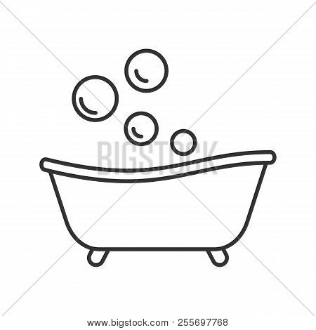 Baby Bathtub Linear Icon. Thin Line Illustration. Taking Bath. Contour Symbol. Vector Isolated Outli