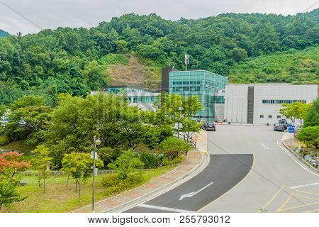 Daejeon, South Korea; August 21, 2018: Buildings Of Funeral Home With Cars Parked In Parking Lot In
