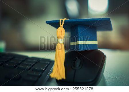 Graduate Or Education Knowledge Learning Study Abroad International Teachnology Concept : Blue Gradu