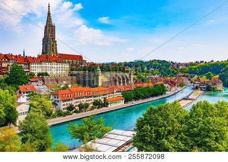 Scenic Summer View Of The Old Town Architecture Of Bern And Aare River Embankment In Berne, Switzerl