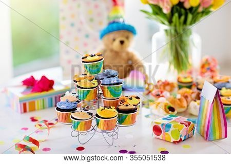 Cupcakes For Kids Birthday, Child Jungle Party.