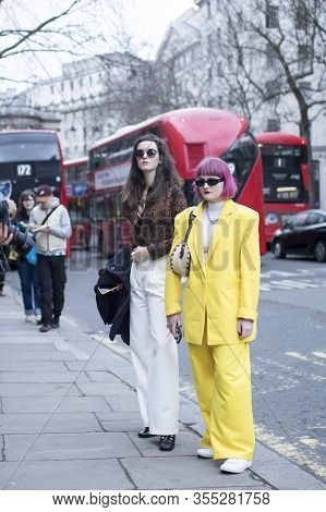 Fashionable People On The Street . Street Style