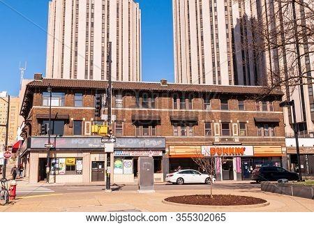 Pittsburgh, Pennsylvania, Usa 3/8/20 The Original Hot Dog Shop Restaurant And Dunkin Donuts Shop At