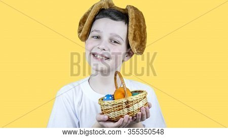 Easern, A, Artistic, Background Image, Photo Card, Bit, Blue, Bunny, Card, Celebration, Color, Copy,