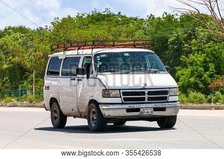 Quintana Roo, Mexico - May 18, 2017: Old White Van Dodge Ram Van At The Interurban Road.