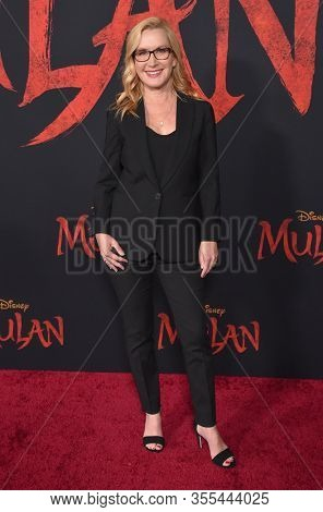 LOS ANGELES - MAR 09:  Angela Kinsey arrives for 'Mulan' World Premiere on March 09, 2020 in Hollywood, CA