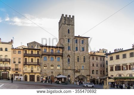 Arezzo, Tuscany, Italy, December 2019: Old Building In The Main Square Of Arezzo City, Piazza Grande