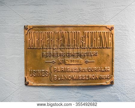 Kilauea, Hi - 20 February 2020: Brass Plate Of Barbier, Benard And Turenne Who Designed The Glass Fr