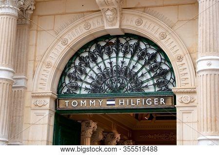 Valletta, Malta - October 29, 2019: The Entrance To The Tommy Hilfiger Fashion Boutique In A Histori