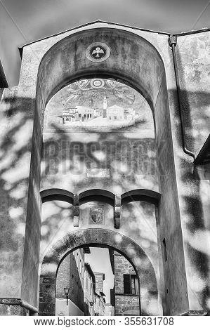 Pienza, Italy - June 23: Entrance Gate Called Porta Al Prato, Main Access To The Historic City Centr