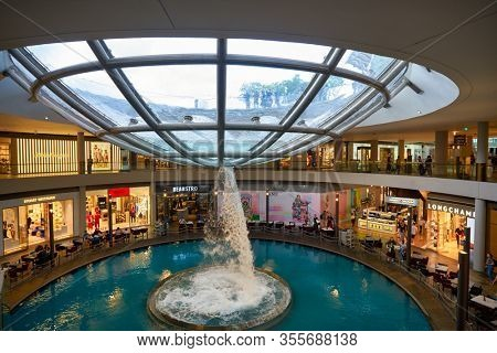 SINGAPORE - JANUARY 20, 2020: the Rain Oculus at the Shoppes at Marina Bay Sands.